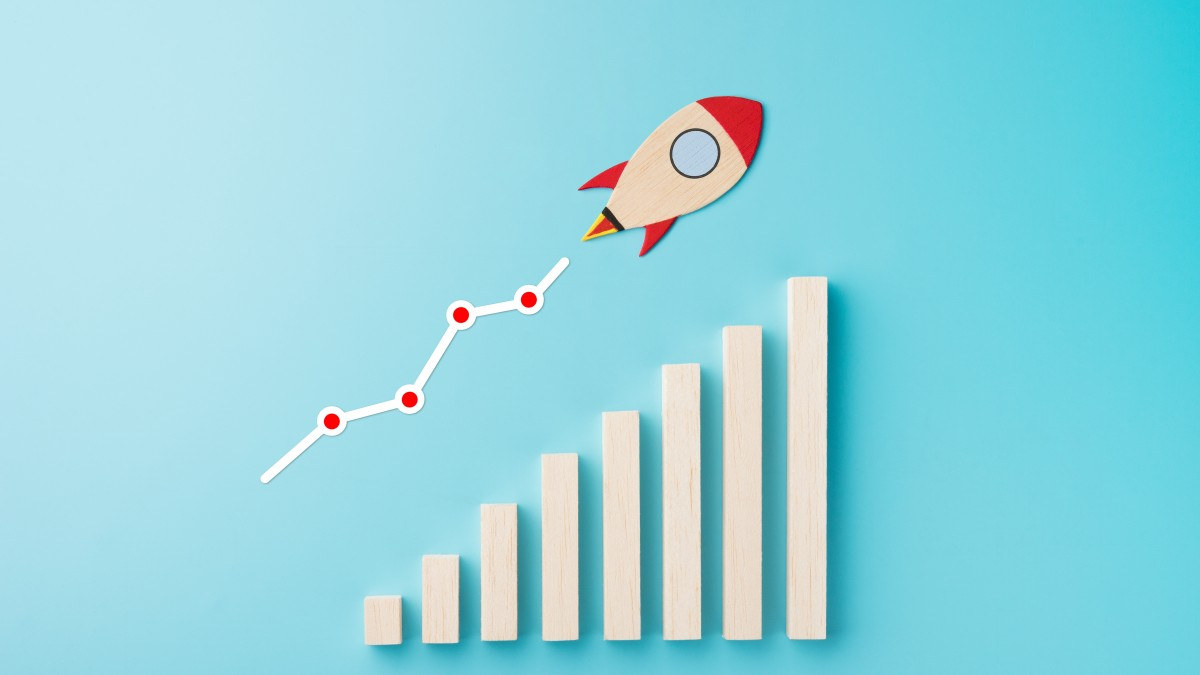 6 Ways To Skyrocket Your Sales, Lisa Larter